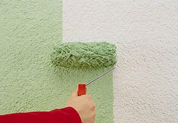Чем красить штукатурку короед