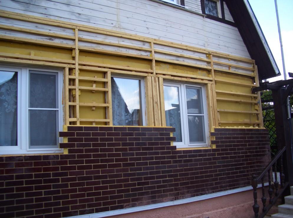 Фасадные панели для наружной отделки дома.