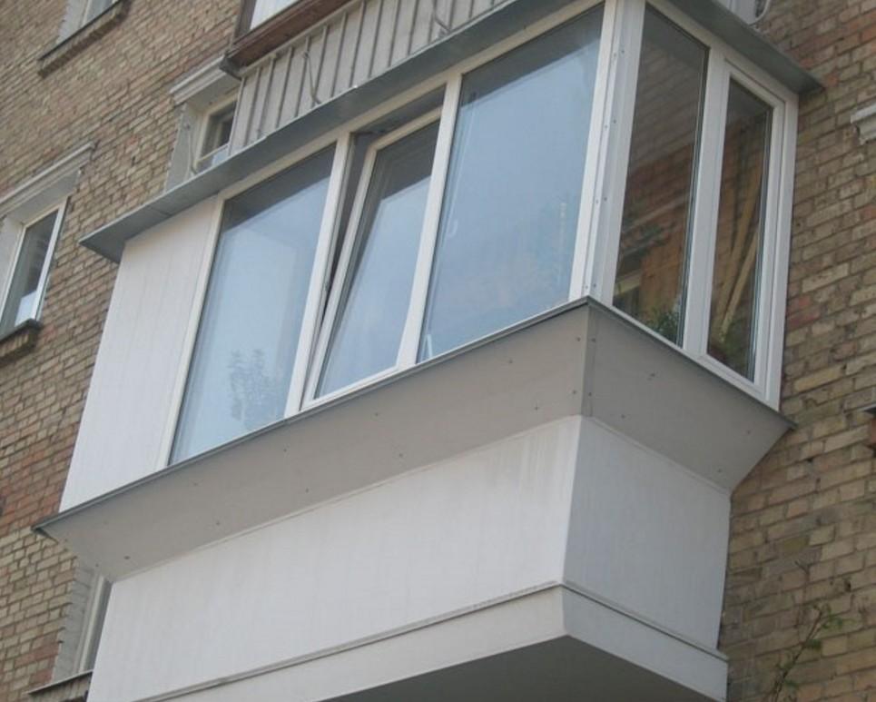Как застеклить балкон пластиковыми окнами: инструкция.