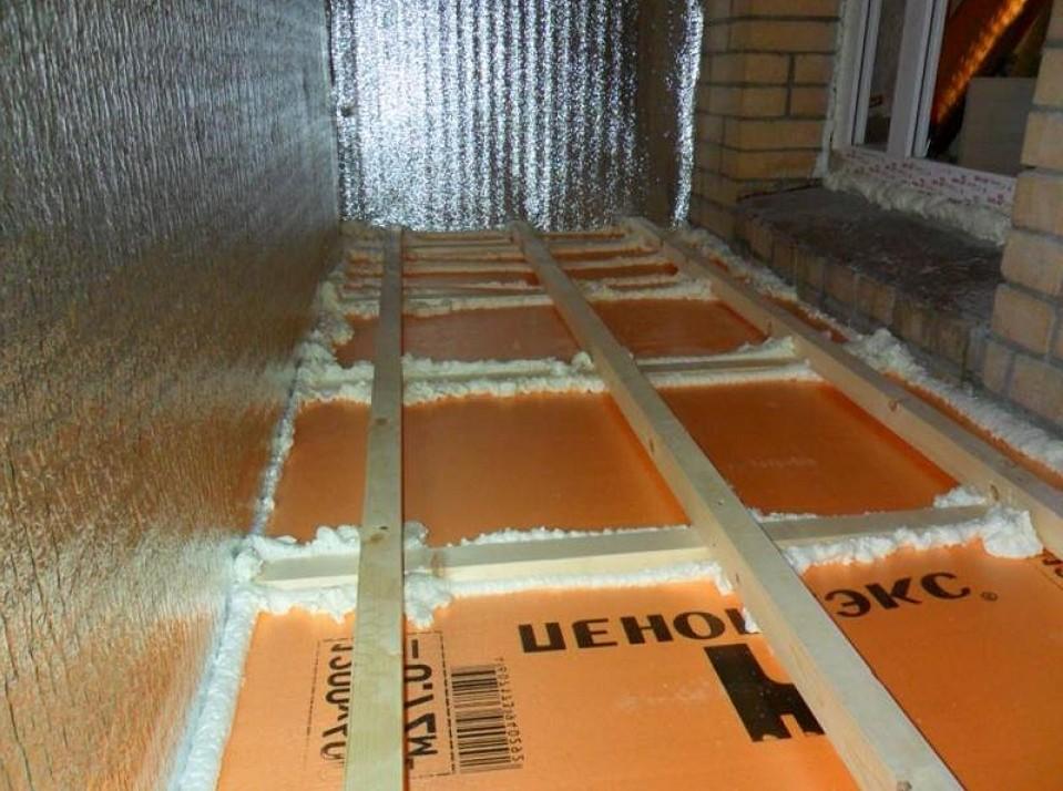 Как утеплить пол балкона пенопластом своими руками