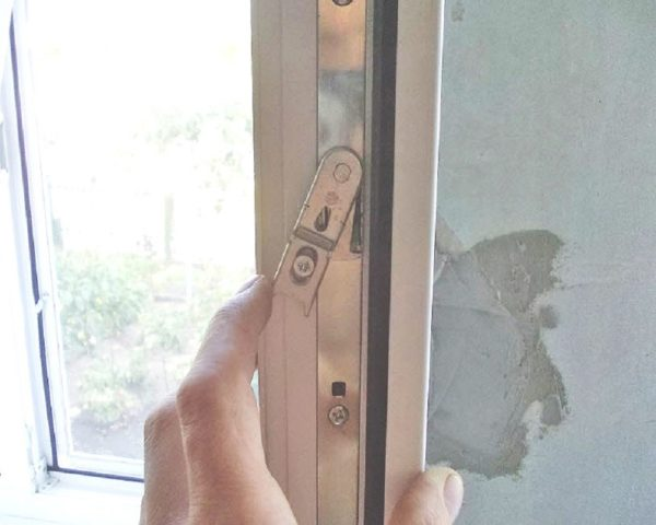 как регулировать окна на зиму