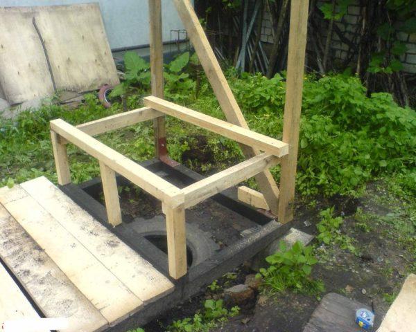 Как построить туалет в саду
