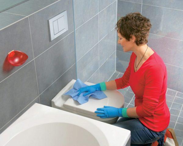 Как убрать запах канализации в туалете причины