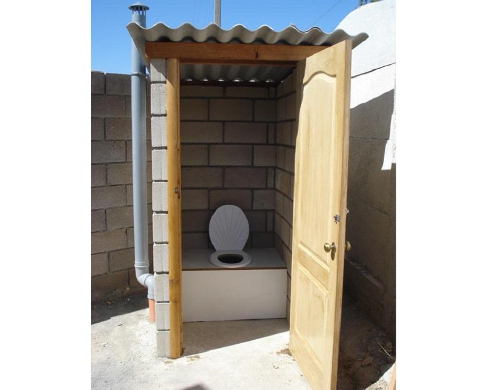Построить туалет даче своими руками из кирпича