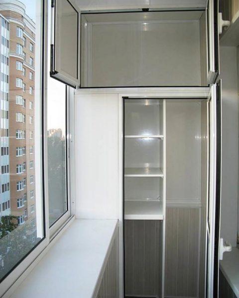 Встроенный шкаф на лоджии фото