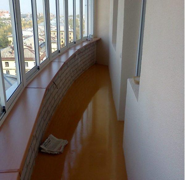 Наливное покрытие на балкон на пол