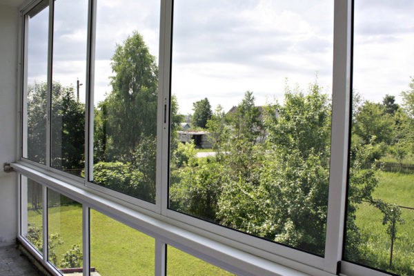 Балкон из стекла