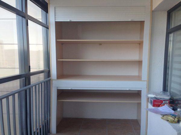 С помощью магазина Икеа лоджия ваша может преобразиться если установить в неё красивую и функциональную мебель