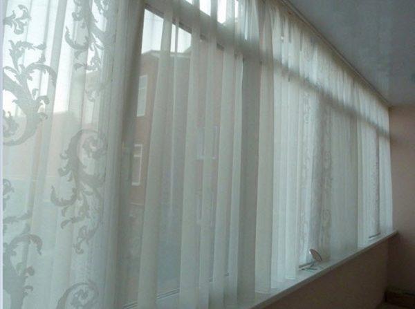 Если вам кажется что дорого покупать шторы для лоджии 6 метров то можно купить тюль