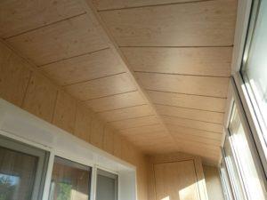 Обшивка балкона панелями МДФ