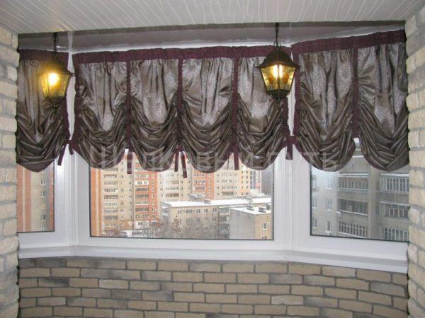 Шторы на раздвижные окна на балконе фото