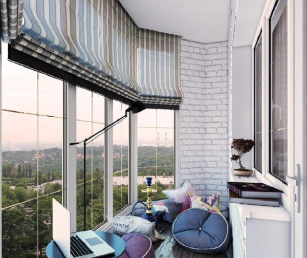 Какие шторы подойдут на балкон
