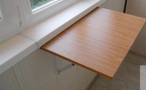 Складной стол на балкон