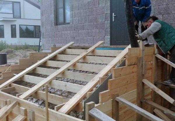 Устройство бетонных крылец